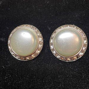 Coro pearl and diamond clip on earrings.